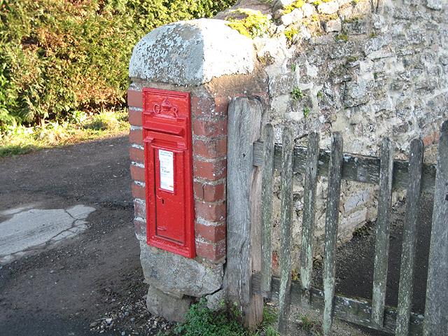 GR postbox outside St. Peter's Church, Dormington