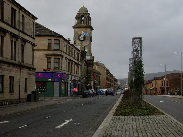 Dumbarton Road in the centre of Clydebank