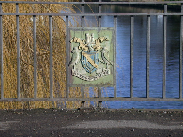 Coat of arms on Clayhithe bridge