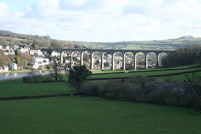 Calstock: the viaduct from the west