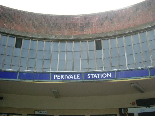 Perivale Underground station - Horsenden Lane South
