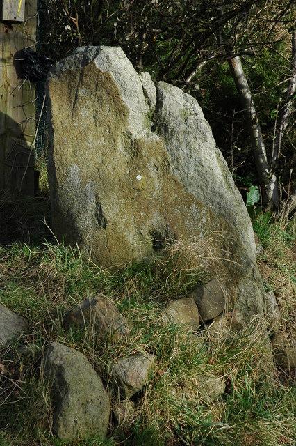 Erratic boulder, Calcot Hill