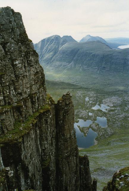 Gully amongst the Fasarinen pinnacles