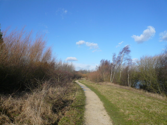Daneshill Lakes - Footpath View