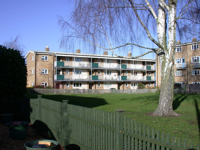 Flats in Perse Way