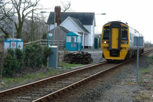 Train leaving Talsarnau station
