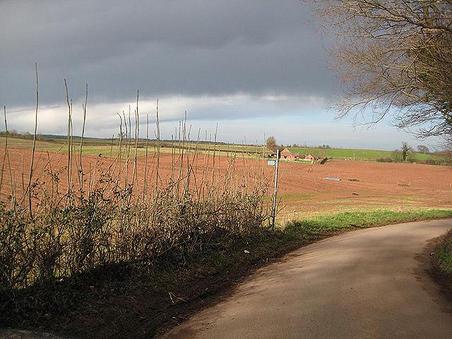Footpath to Kilcot
