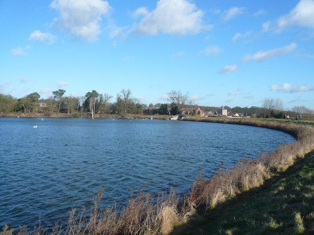 Clumber Park Lake - Sweeping round to Hardwick Village