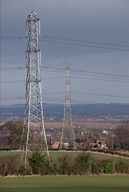 Parallel pylons
