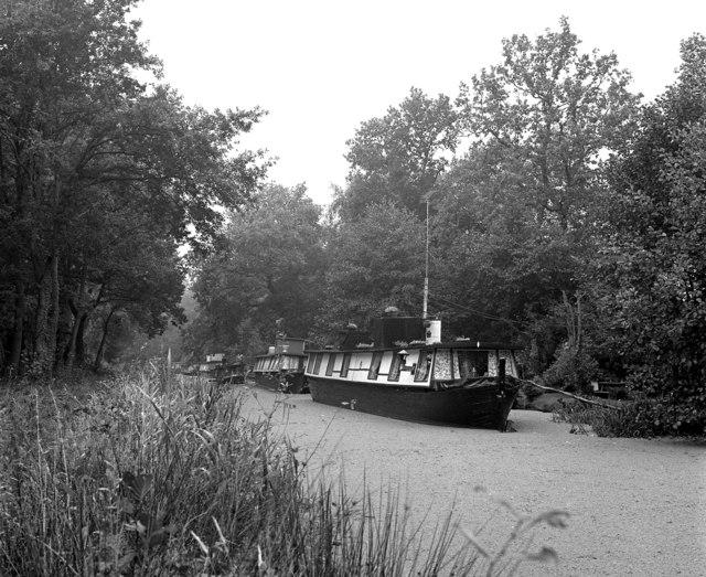 Houseboats above Lock No 1, Basingstoke Canal
