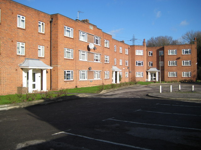 Sutton: Kedeston Court, Hurstcourt Road