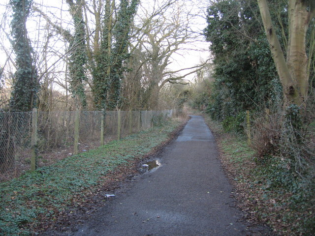 Cycle path between West Ham and Brookvale