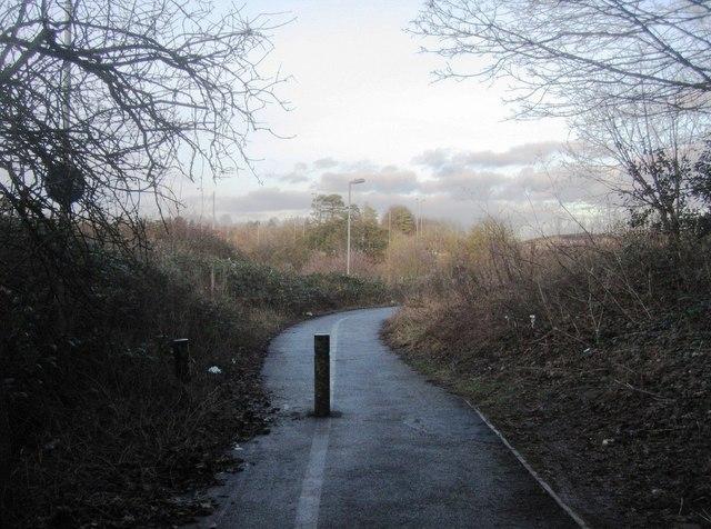Cycle path behind West Ham industrial estate