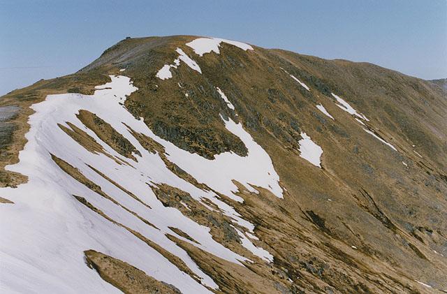 The southwest ridge of Màm Sodhail