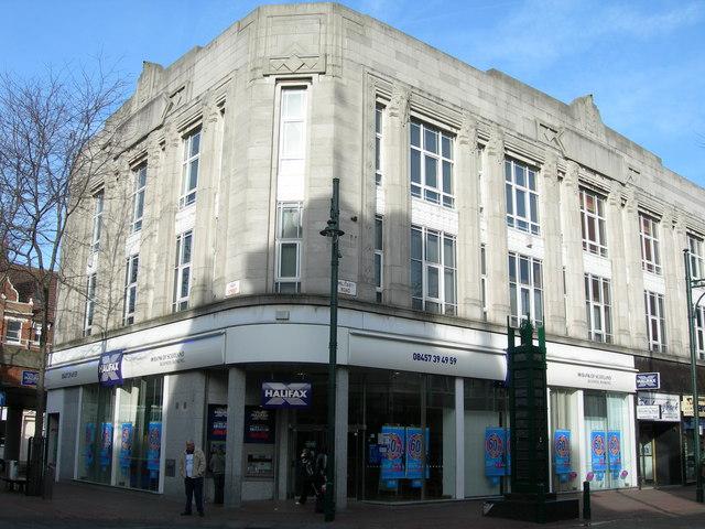 Halifax Bank, Chatham
