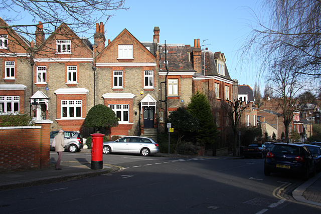 Rudall Crescent meets Willoughby Road