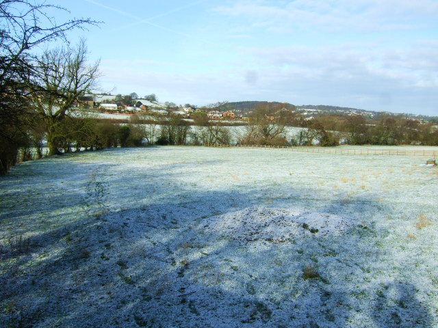 Snowy footpath at Heage