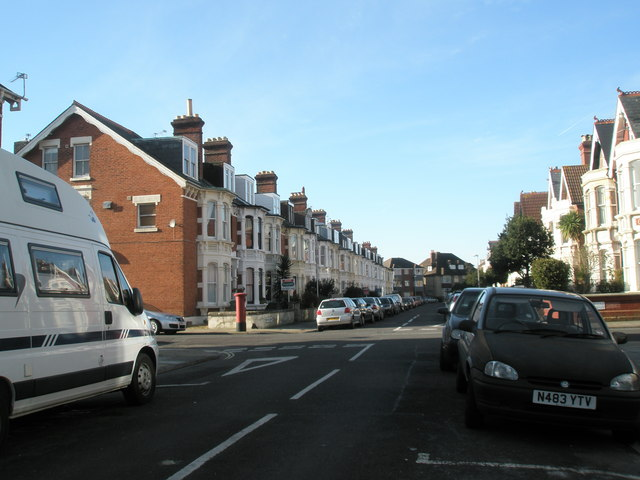 Crossroads of Whitwell Road and Bembridge Crescent