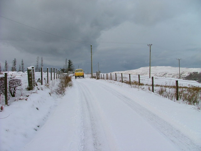 Vehicle on the Sheader Road