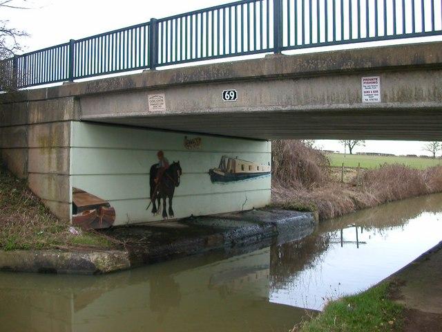 Hillmorton Bridge 69