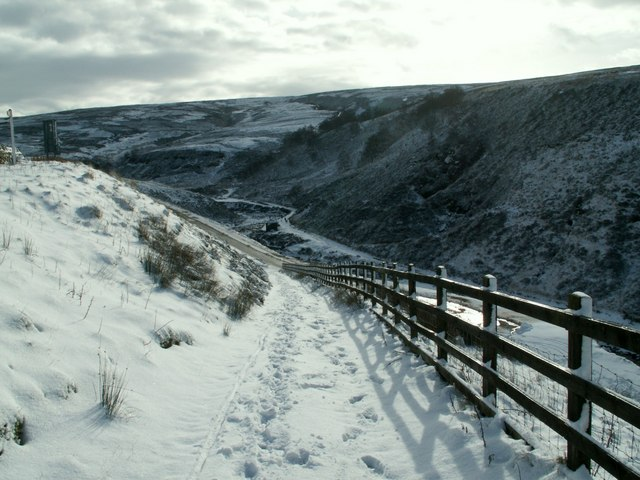 The path from the A628 to Woodhead Tunnels