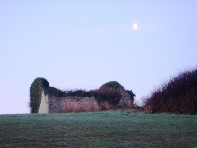 Ruined building, public golf course, Elberry Cove area
