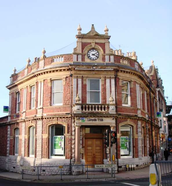Lloyds Bank, Palace Avenue, Paignton