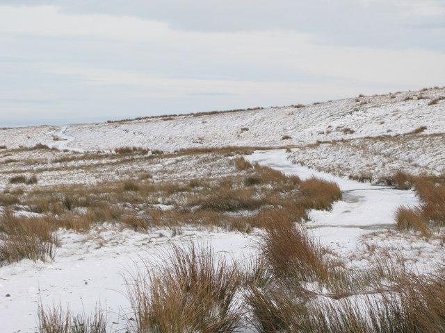 The snowy track to  Burntridge Moor