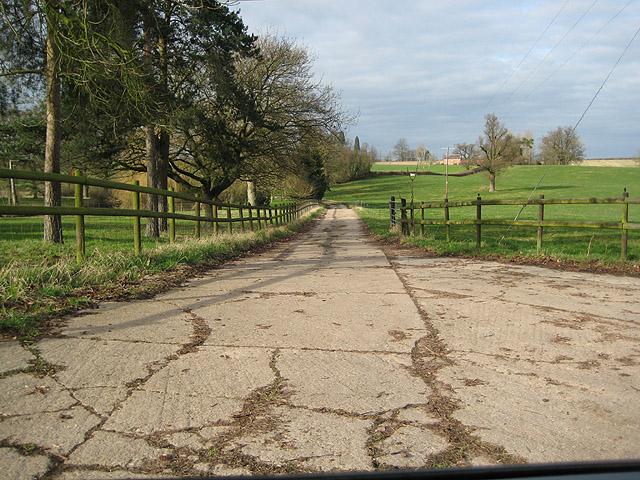 Concrete lane near The Grove, Taynton