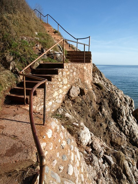 Steps from Little Oddicombe Beach