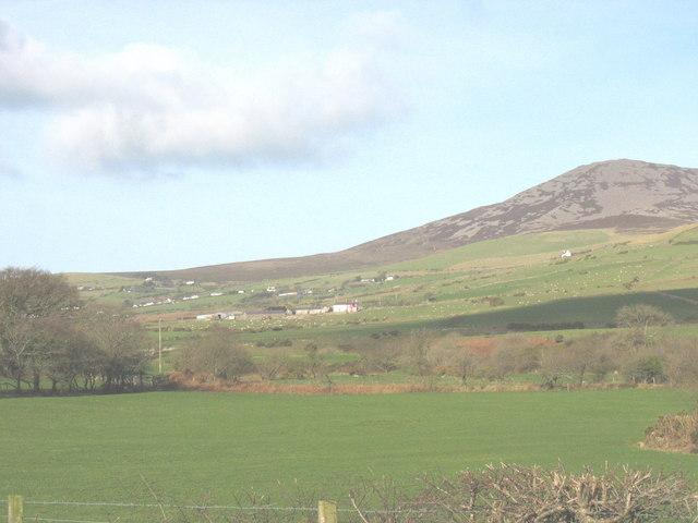 View north across farmland from Llwyndyrys