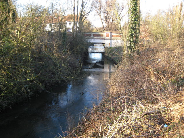 Beverley Brook at Beverley Bridge