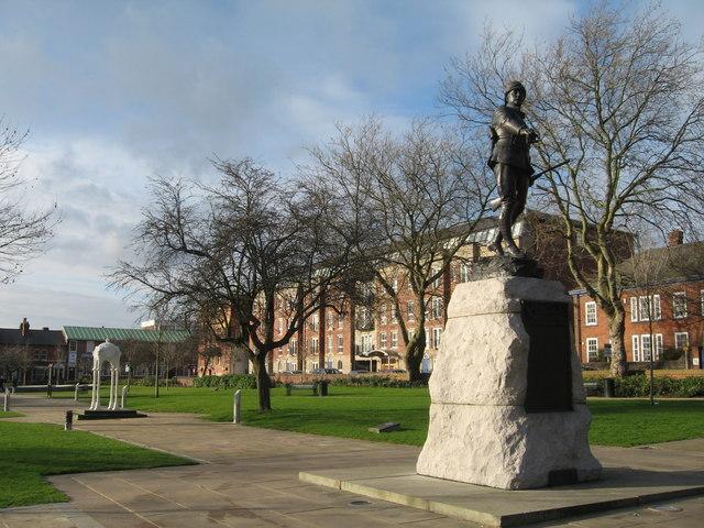 War Memorial, Queen's Gardens