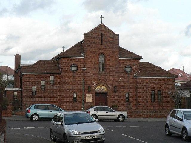 Iford: Catholic church of St. Thomas More