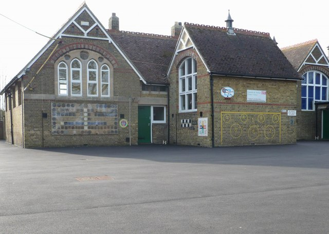 Lynsted and Norton Primary School, Lynsted Lane