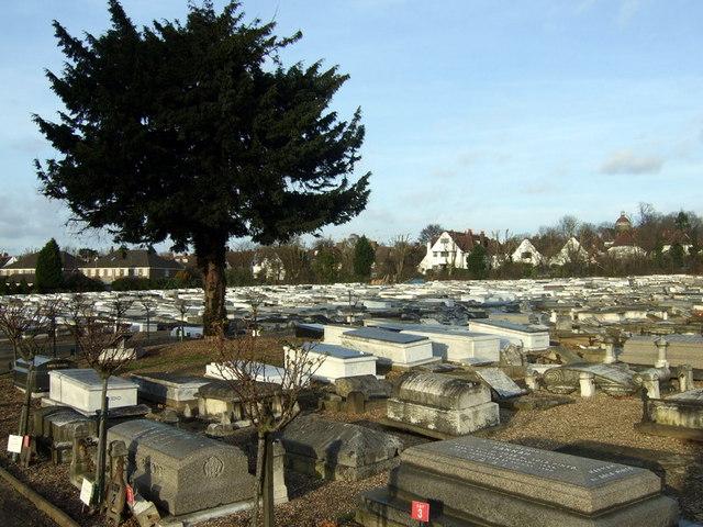 Jewish cemetery, Sephardic section