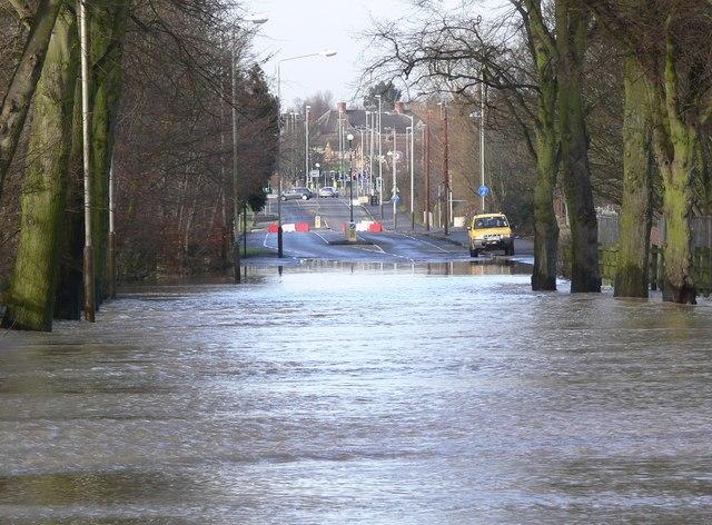 Flooding along Braunstone Lane East