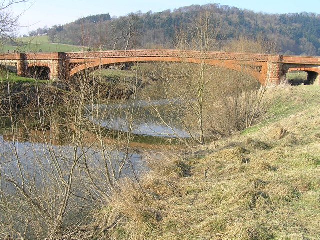 River Severn, Buttington road bridge