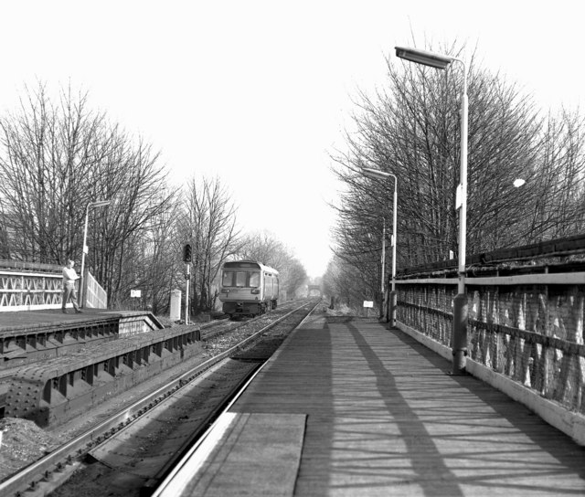 Romiley station, Cheshire