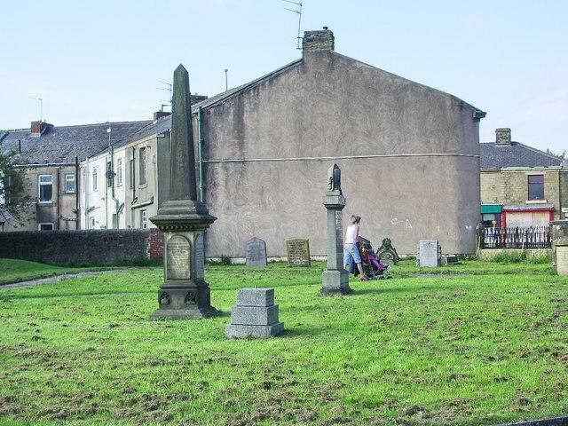 Barns Square Methodist Church, Graveyard