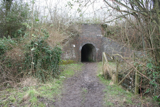Bulls hole tunnel