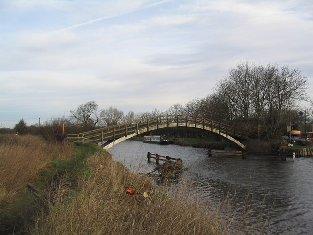 Footbridge over the Soar