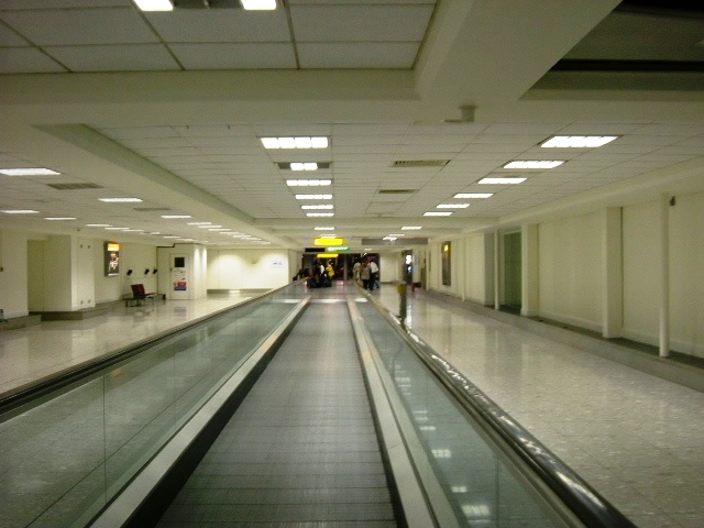 Heathrow - T3 departures moving walkway