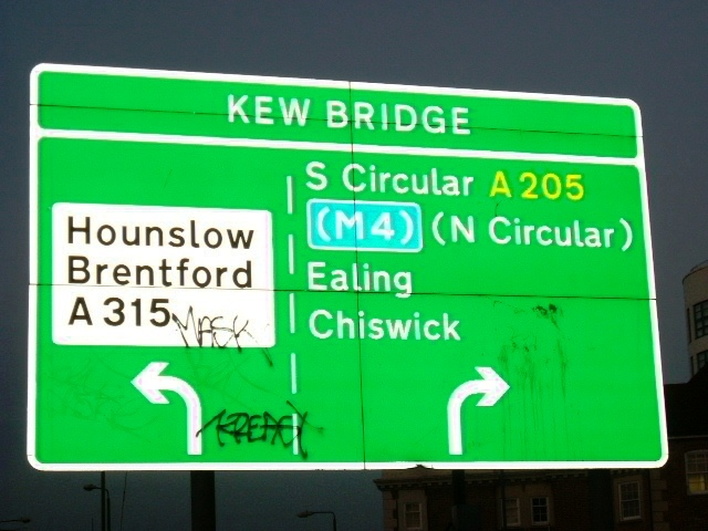 Kew Bridge - South Circular Road A205 (T)