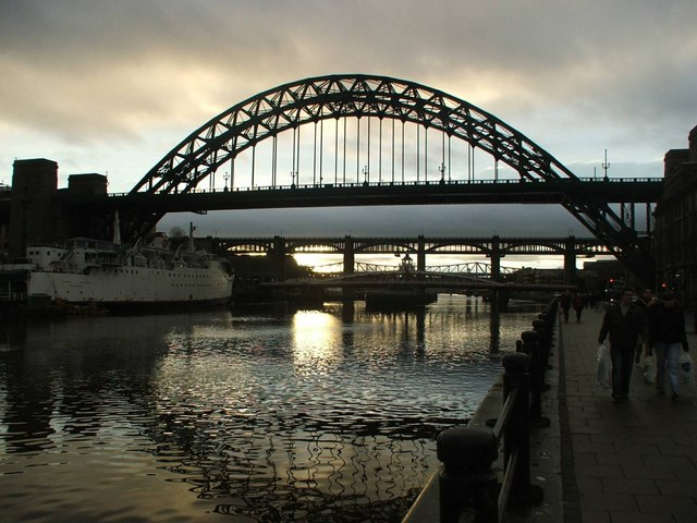 Evening view up river from Newcastle Quayside