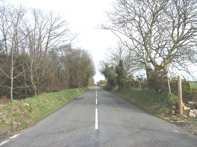 The B4354 eastwards of Frochas