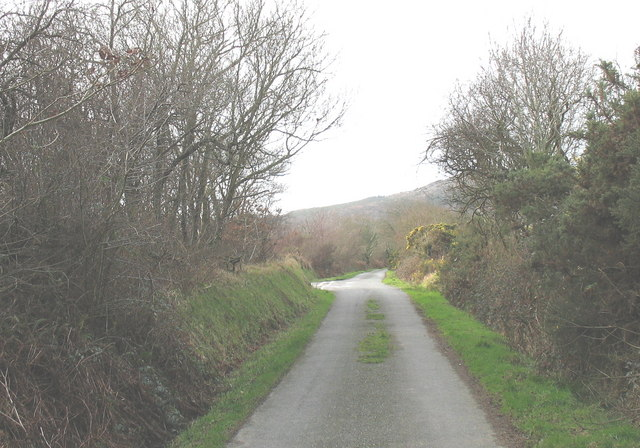 Approaching the junction with the Frochas road