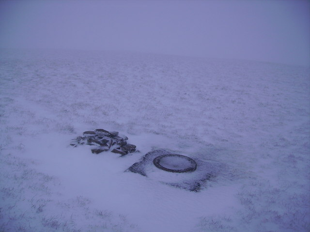 Cairn and Trig Ring Branstree