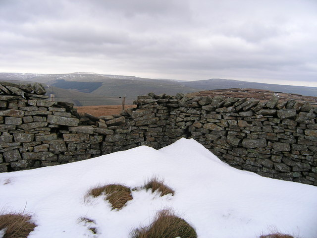 Dry stone wall on Sandy Hill