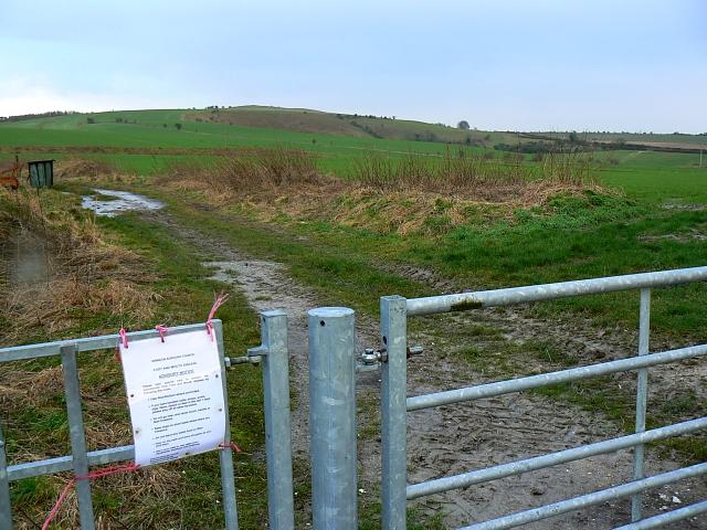 Gateway and farm track near Bishopstone, Swindon